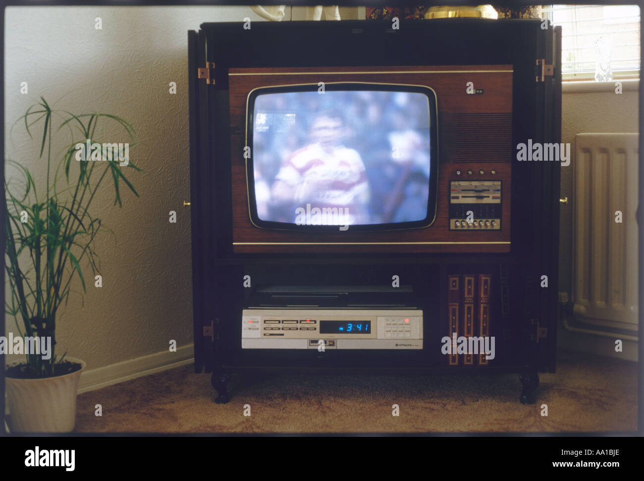 Vitrines Et Television - Colour Tv Set Stock Photos Colour Tv Set Stock Images Alamy[mjhdah]https://archinect.imgix.net/uploads/ob/obrxru1p66131wmk.jpg?auto=compress%2Cformat