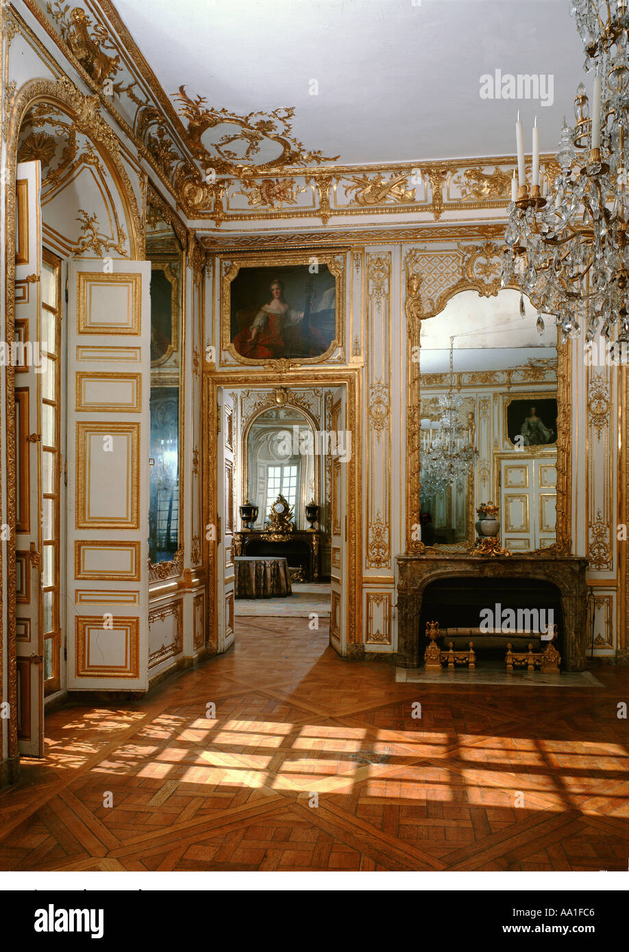 palace of versailles chambre de louis xv stock photo
