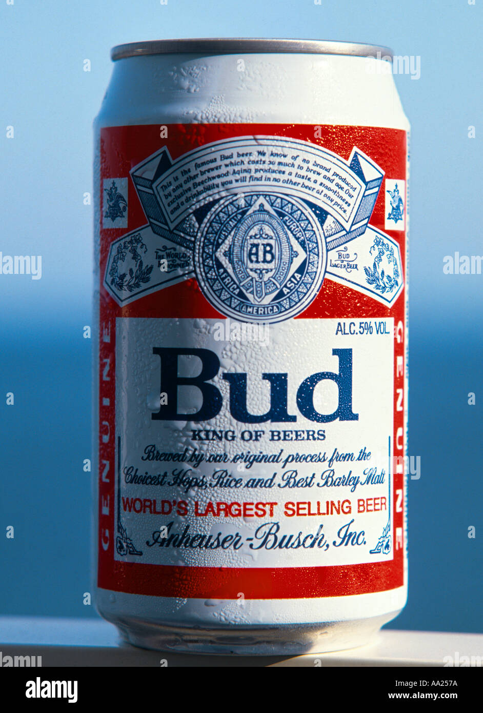 Ice cold can of budweiser beer usa stock photo royalty free image 664954 alamy - Budweiser beer pictures ...