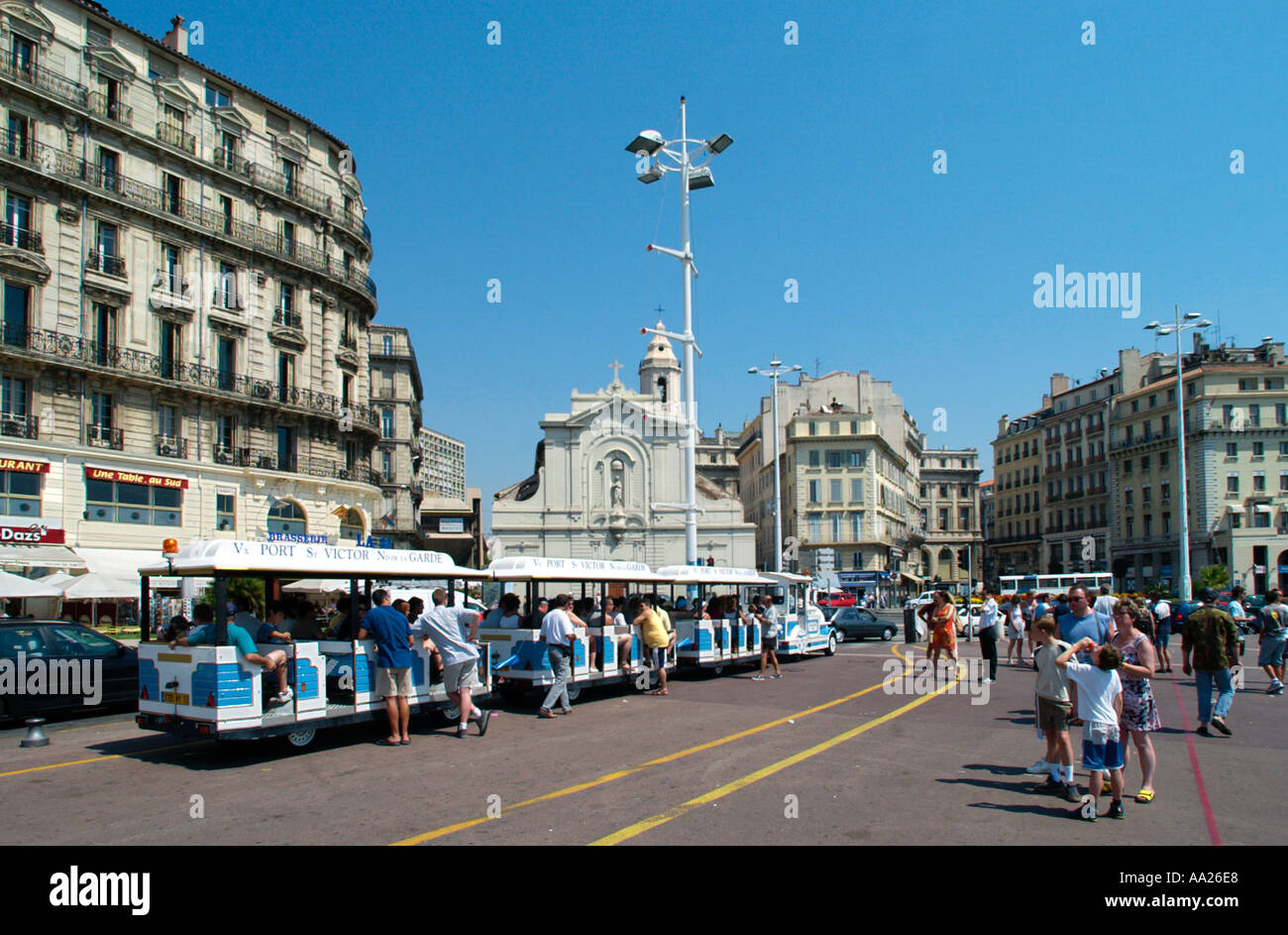 Tour tram train on the quai du port vieux port marseille france stock photo 665320 alamy - Starbucks marseille vieux port ...