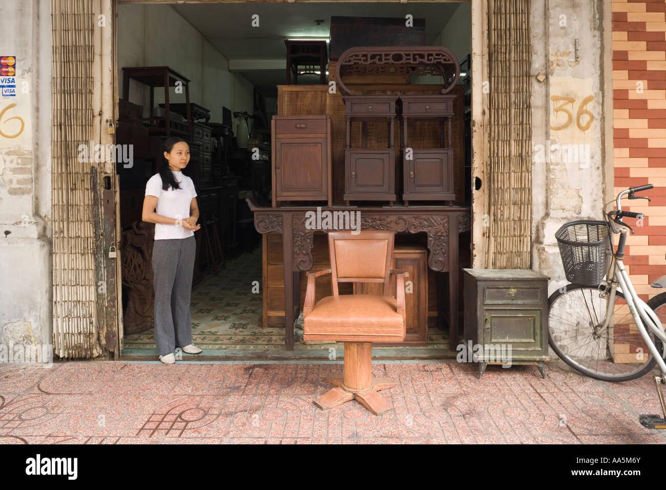 VIETNAM HO CHI MINH CITY SAIGON Antique furniture dealer at Le Cong Kieu  Street - VIETNAM HO CHI MINH CITY SAIGON Antique Furniture Dealer At Le Cong