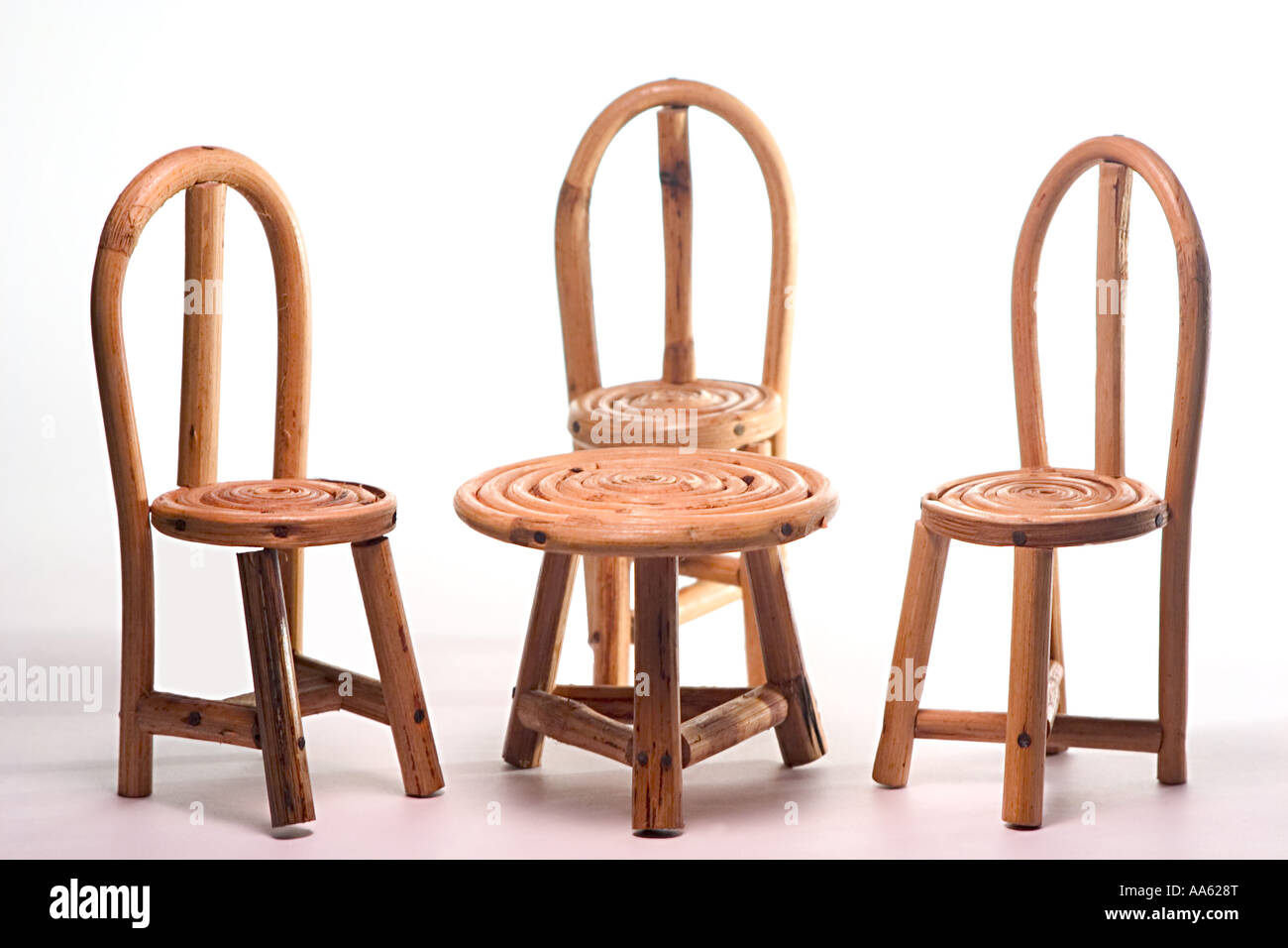 Concept Family Handicraft Three Cane Chairs And One Table Small Toy  Children Plaything Miniature