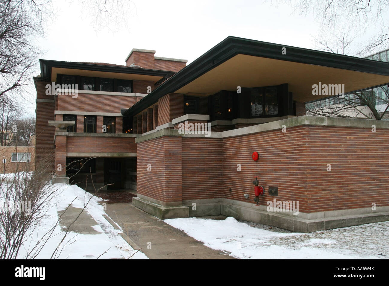Frederick c robie house view of porch area and overhang the front frederick c robie house view of porch area and overhang the front door is down in recessed area at lower left rubansaba