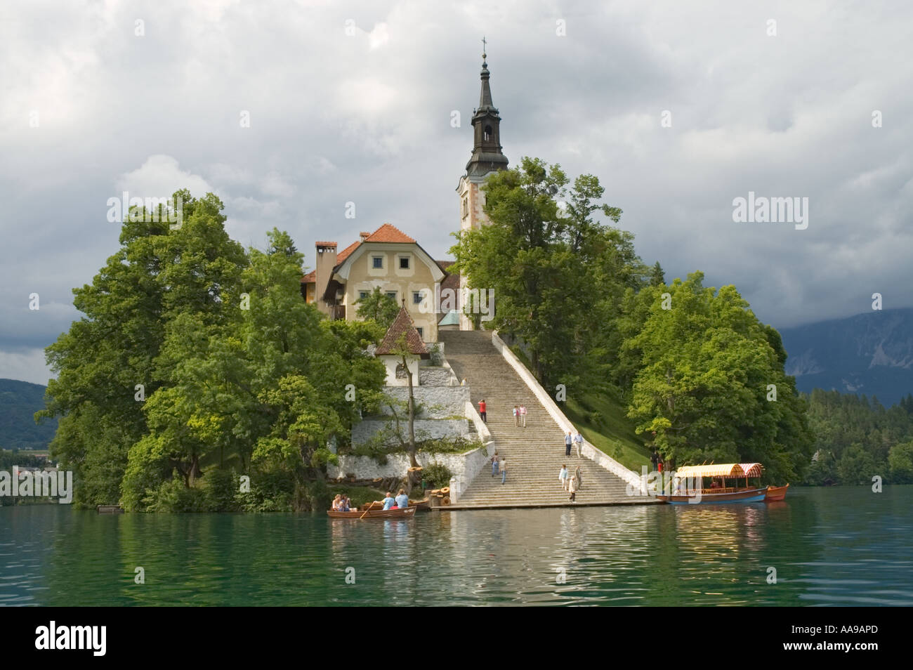 Lake Bled - Lake in Slovenia - Thousand Wonders