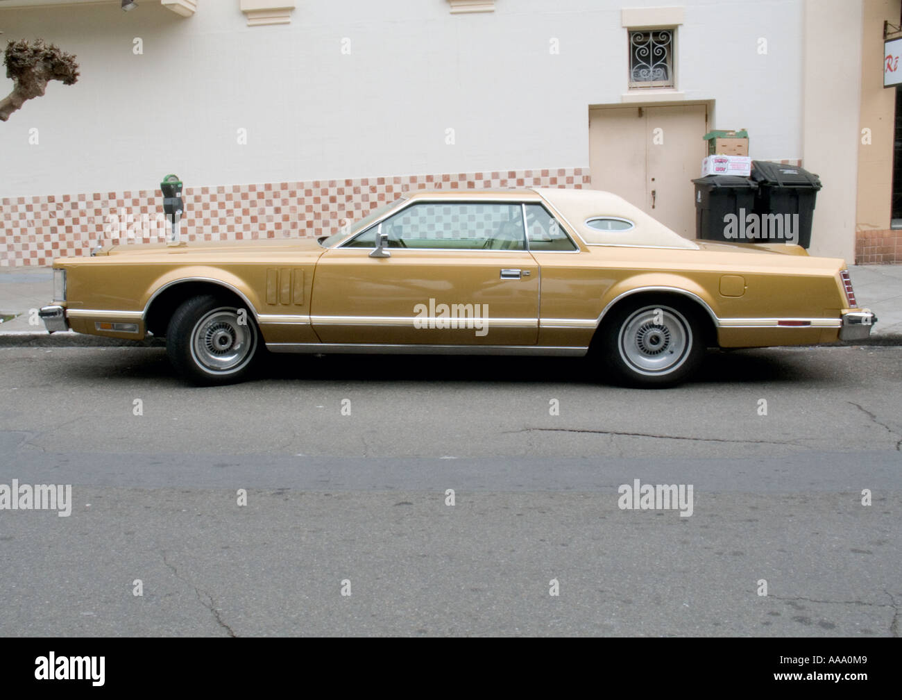 Chrysler imperial automobile from the 70 s era