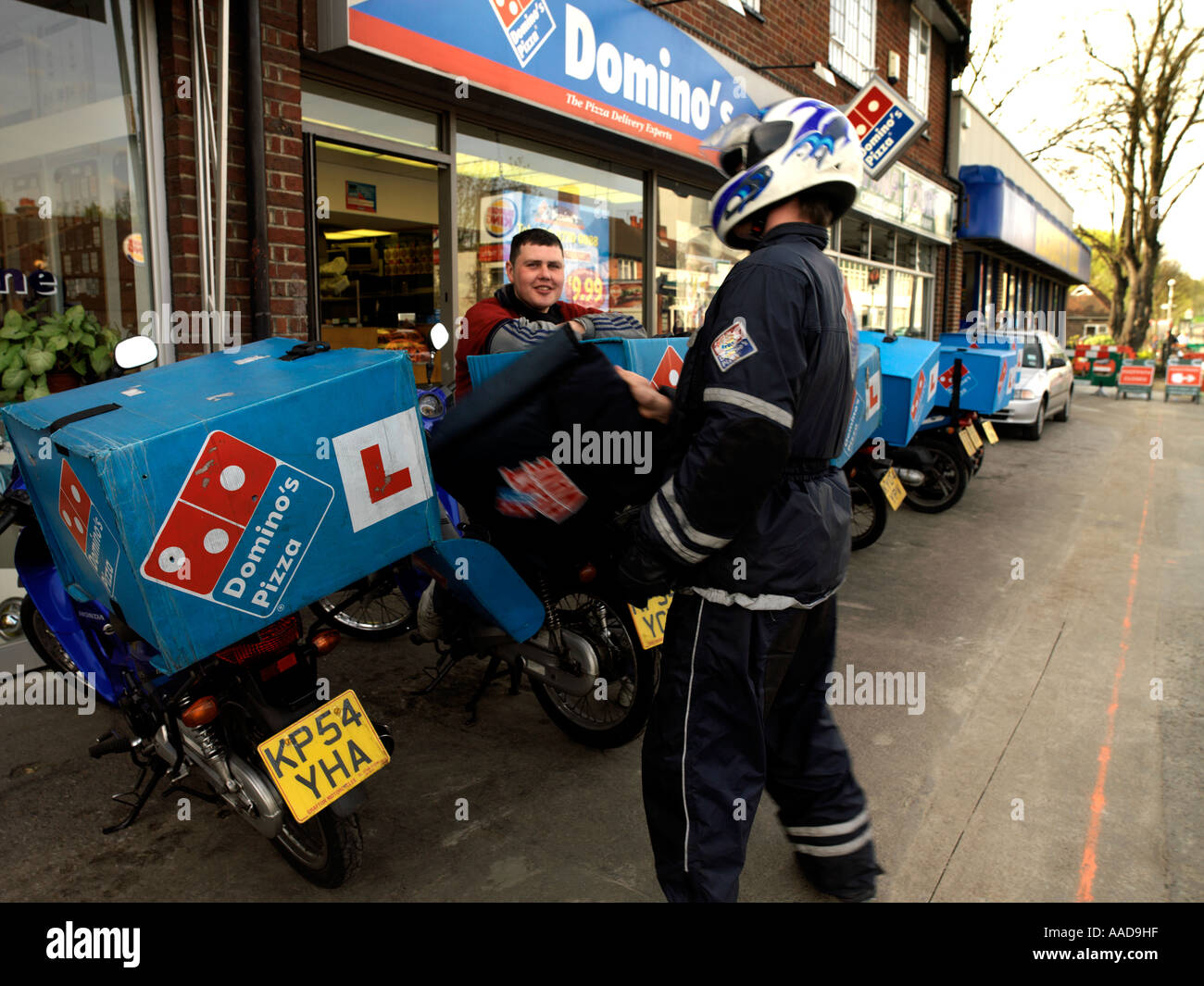 Domino Pizza Delivery >> Delivery Rider Outside Dominos Pizza In Sutton Surrey England