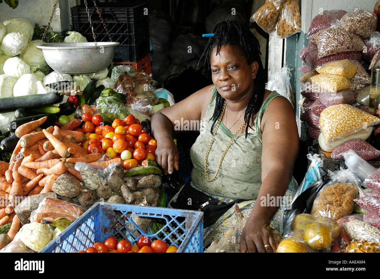 belize city black single women Central america caribbean » belize » belize barrier reef » caye caulker » blogs » unbelizeable chicken » hot belize chicks  advertisement   belizean women .