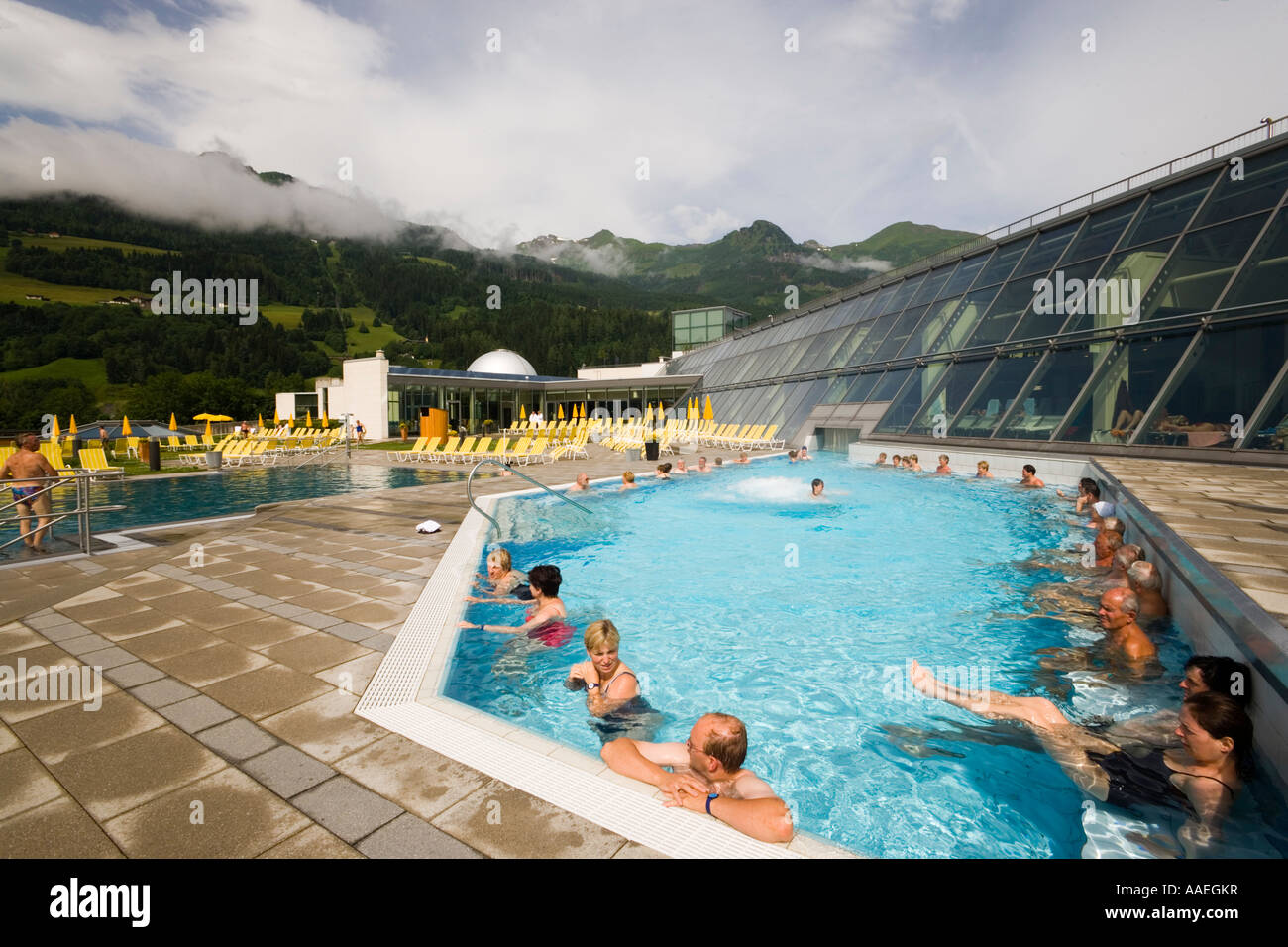 People bathing in a thermal outdoor pool alpen therme gastein bad stock photo royalty free - Bad homburg swimming pool ...