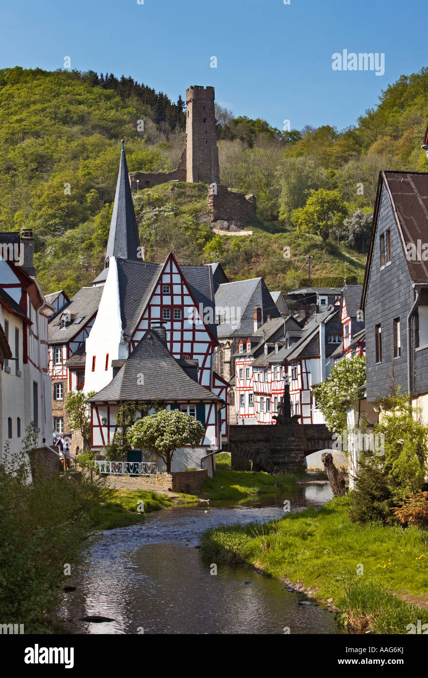 monreal village and the river elz with castle resch ruins above stock photo 12621509 alamy. Black Bedroom Furniture Sets. Home Design Ideas