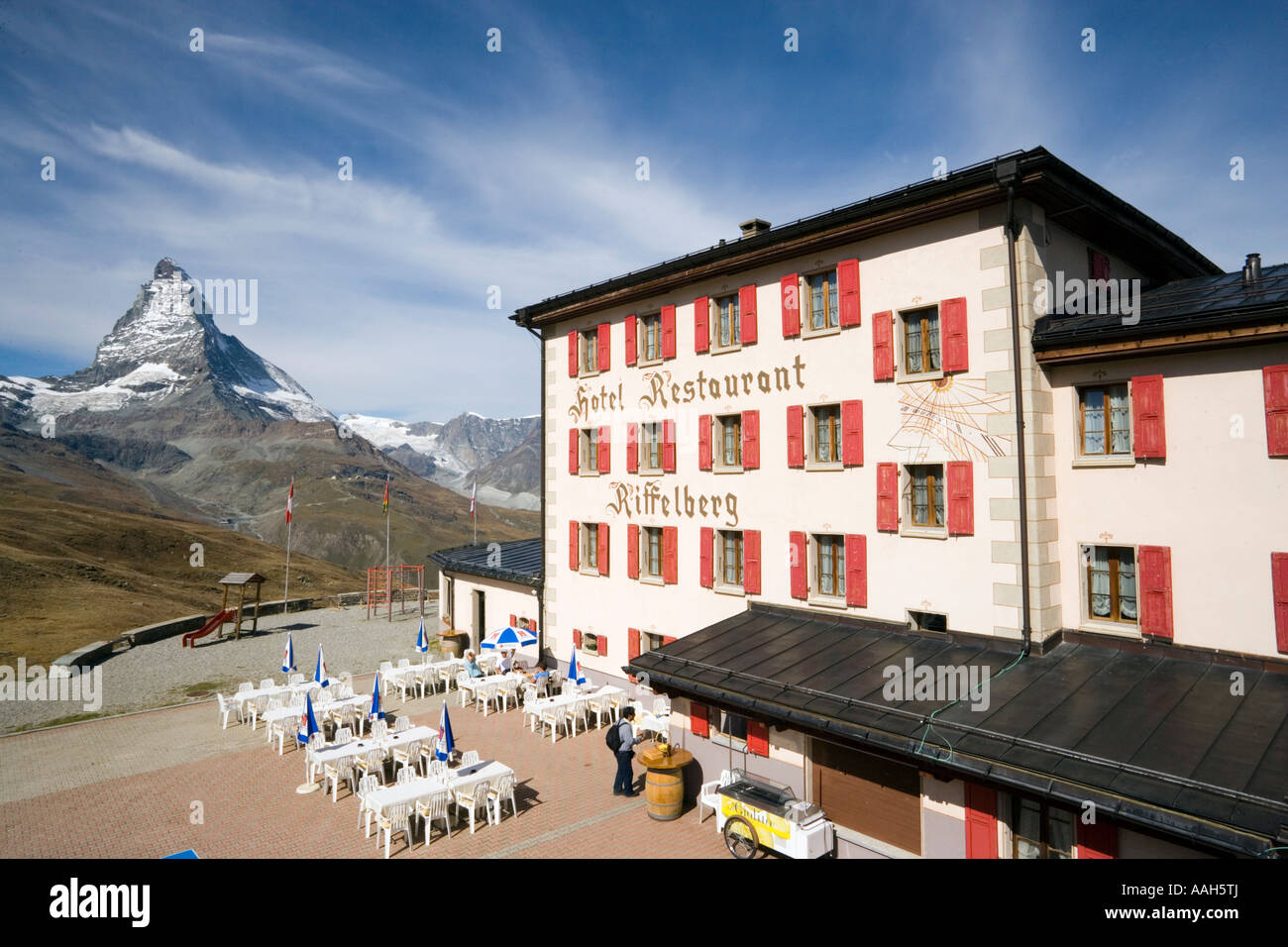 View on terrace of hotel and restaurant riffelberg 2582 m for Hotel terrace and restaurant