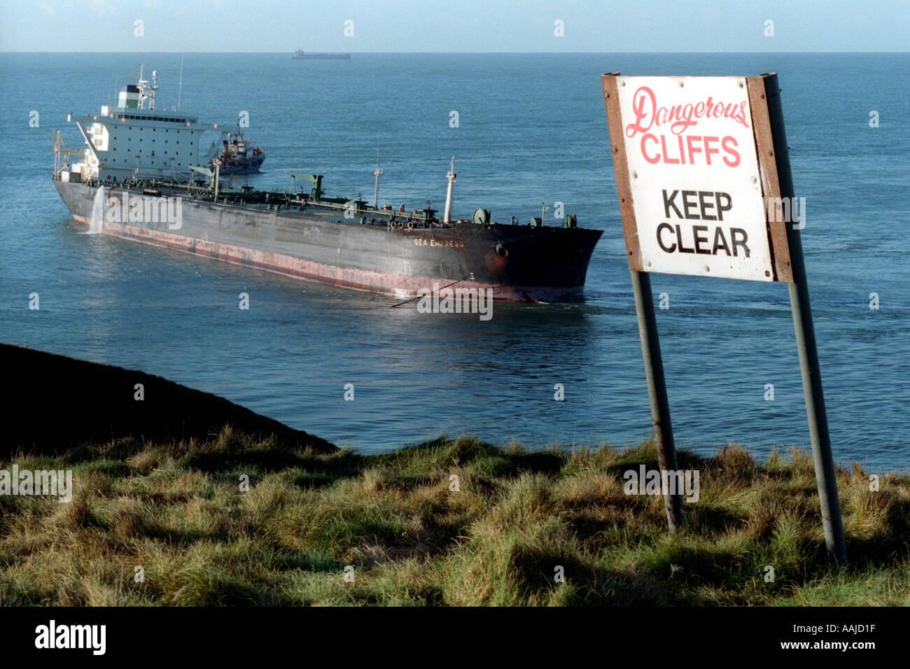 Oil tanker Sea Empress aground on rocks outside Milford Haven oil ...