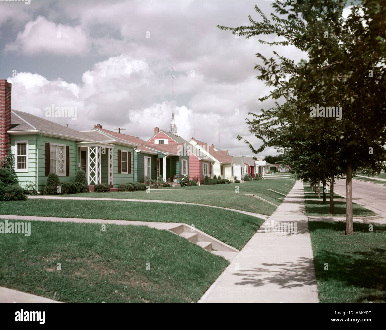1950s House 1950s houses stock photos & 1950s houses stock images - alamy