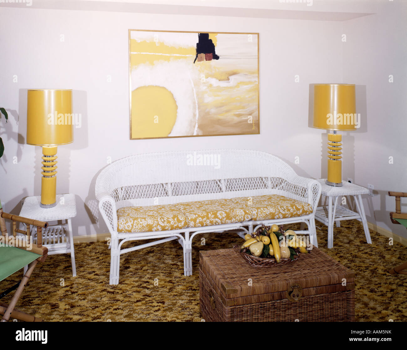 1970s LIVING ROOM YELLOW TABLE LAMPS WHITE WICKER SOFA END TABLES ...