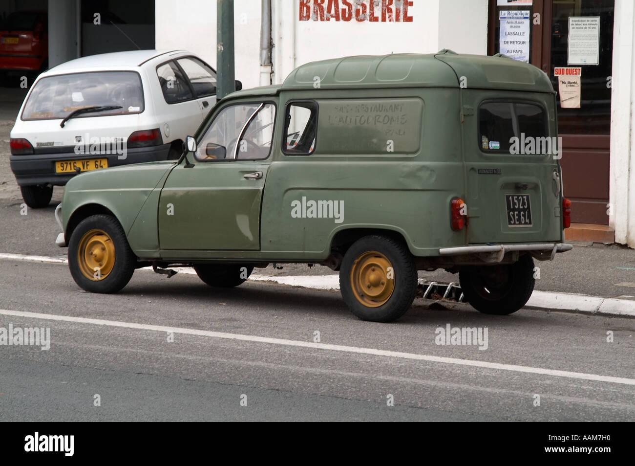 Cheap Car Stock Photos & Cheap Car Stock Images - Alamy