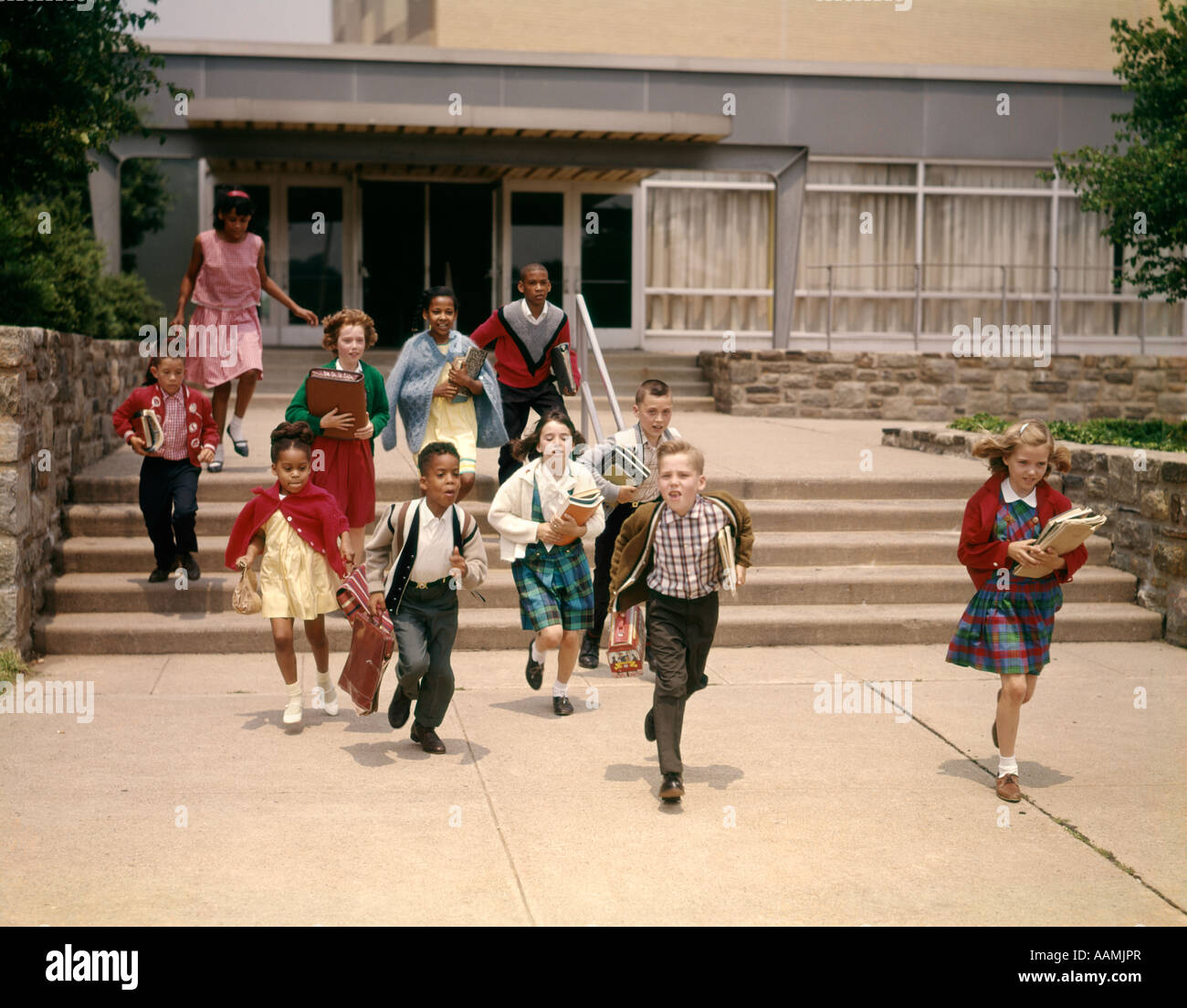 children running in school - photo #13