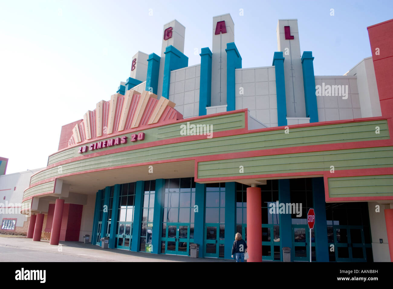 Exterior of a Regal Cinemas 20 movie theater. Brooklyn ...