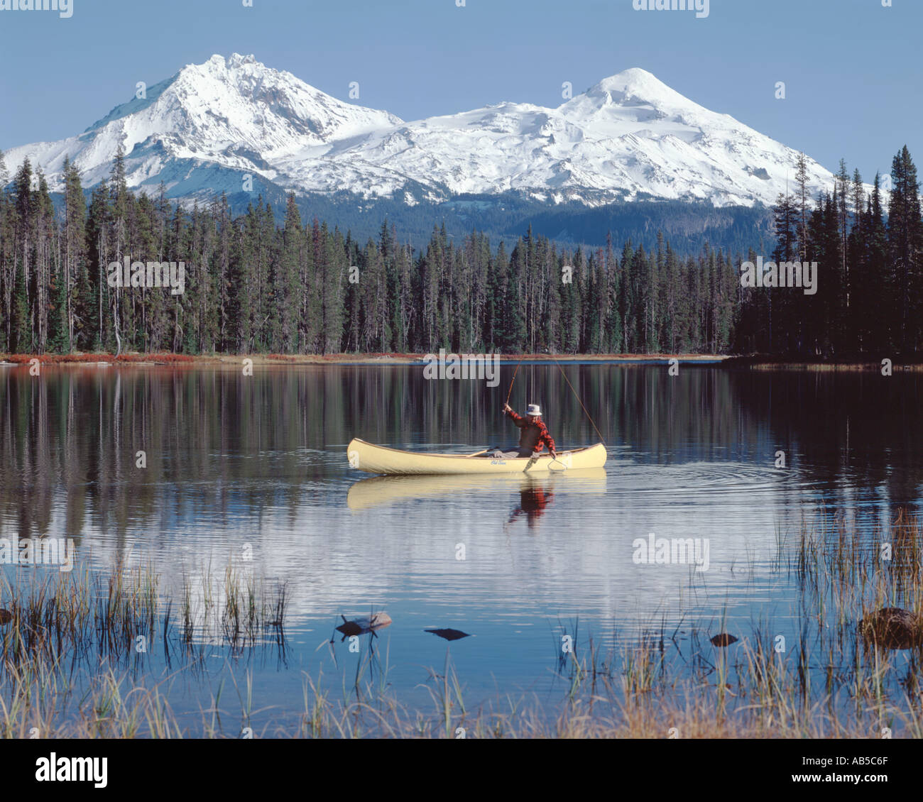 Fly fishing from a canoe at scott lake in the sisters for Oregon free fishing