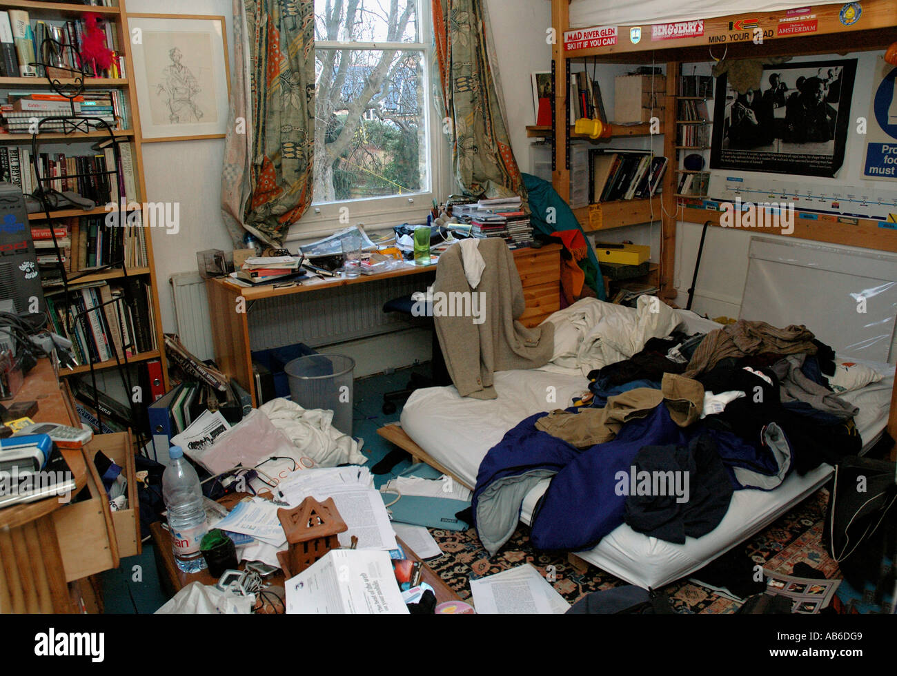 Extremely Messy Room Of A Teenage Stock Photo 7310280 Alamy