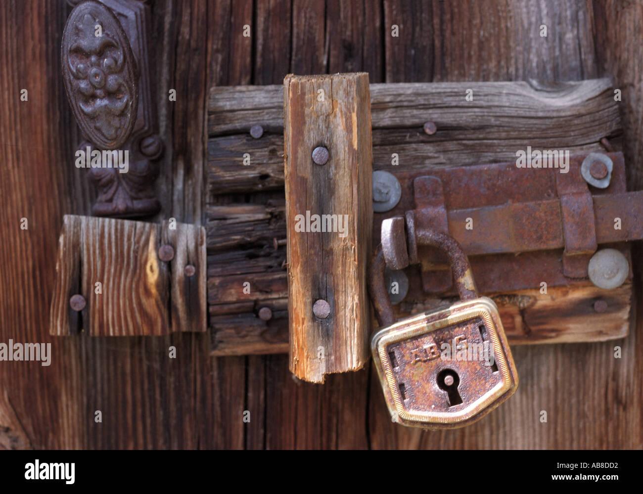 Padlocked door & Padlocked door Stock Photo: 757202 - Alamy