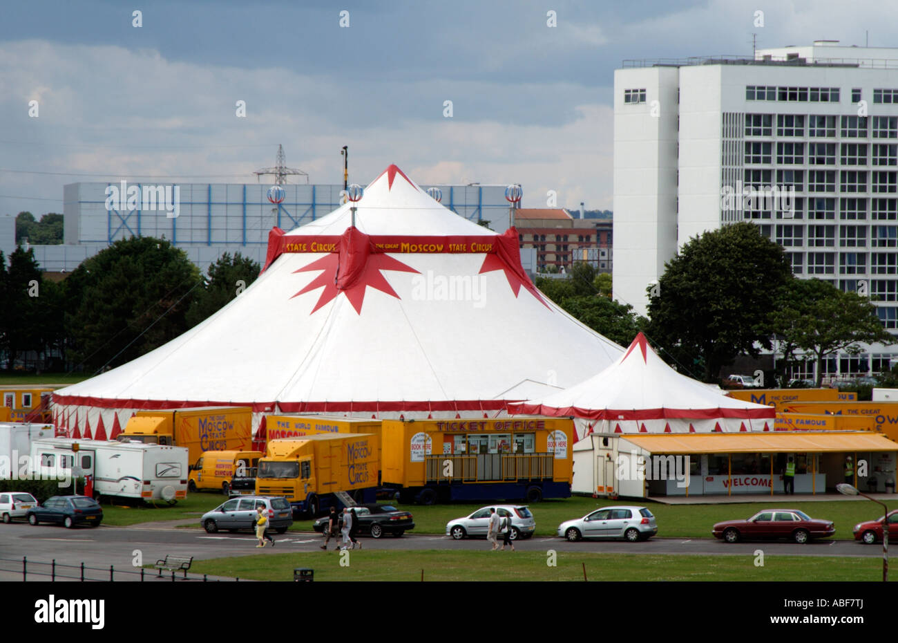 Circus big top tent Moscow State Circus pitched in Mayflower Park South&ton England UK & Circus big top tent Moscow State Circus pitched in Mayflower Park ...