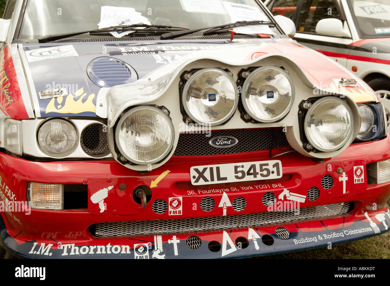 foglight, foglights, lights, light, car, headlights, shine, glared, dazzle,  dazzled, power, powerful, lamp, rally, car, spot, sp