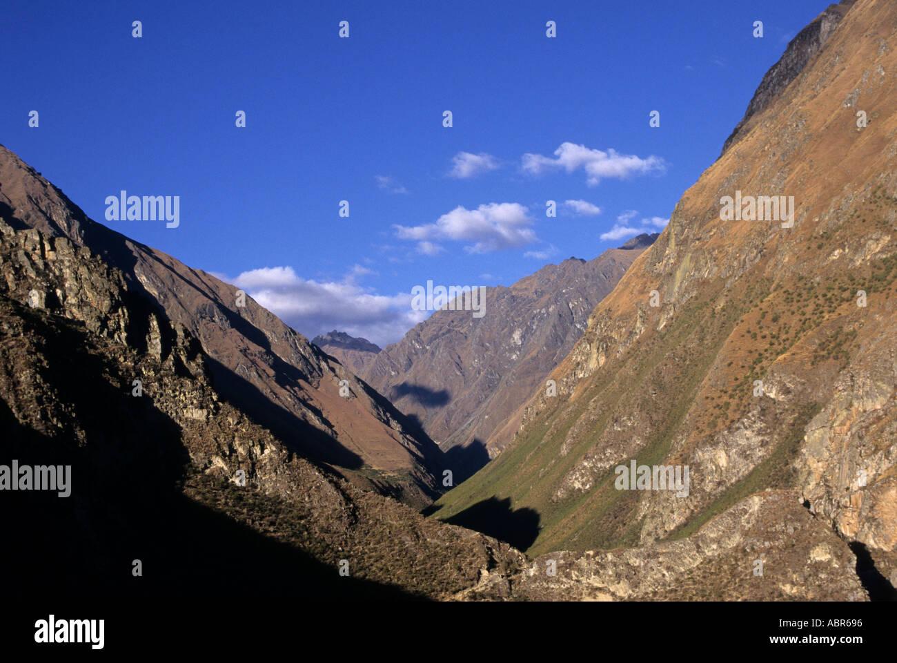 v shaped valley - photo #23