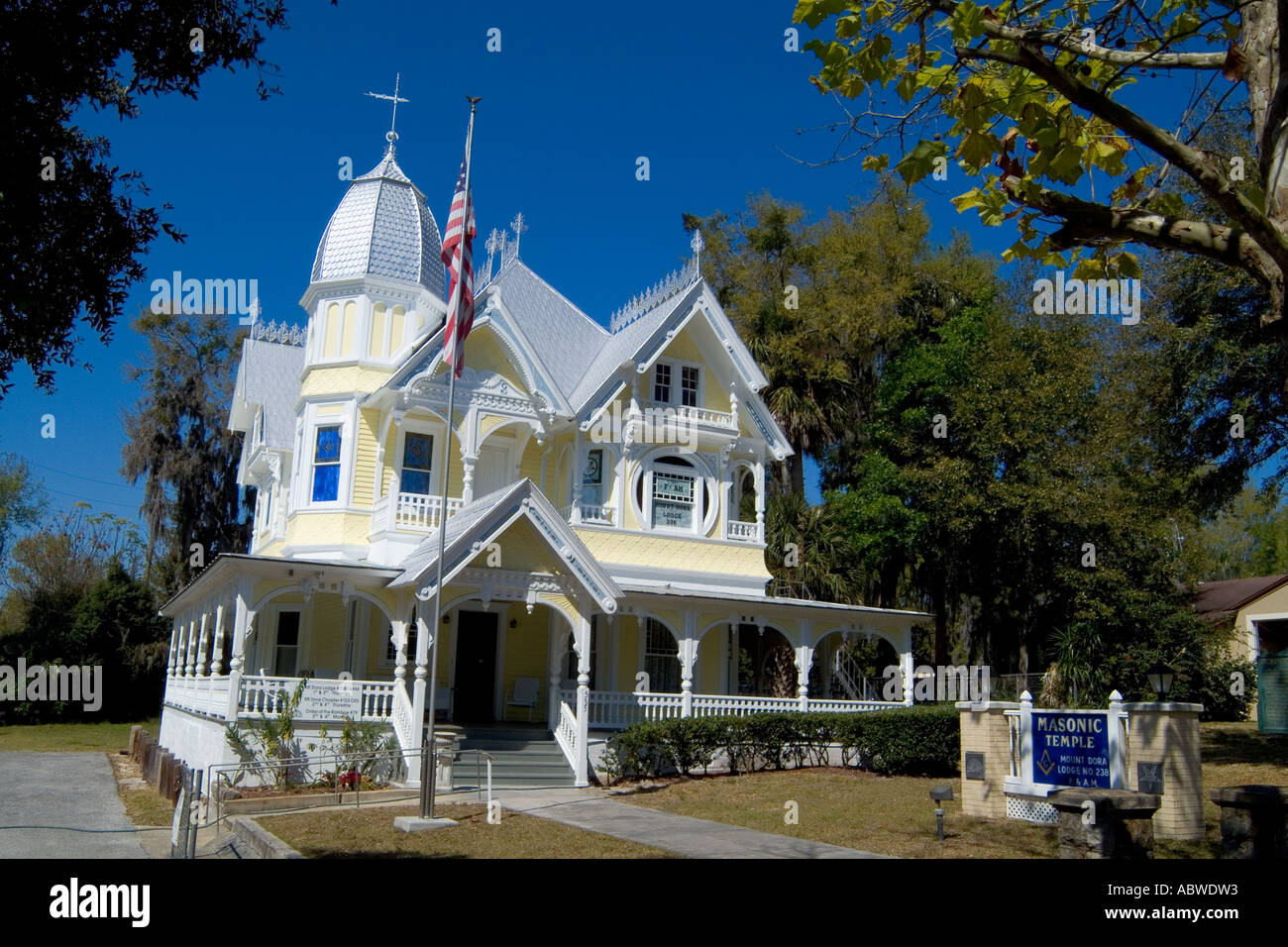 1890s donnelly house in mount dora florida class victorian for Donnelly house