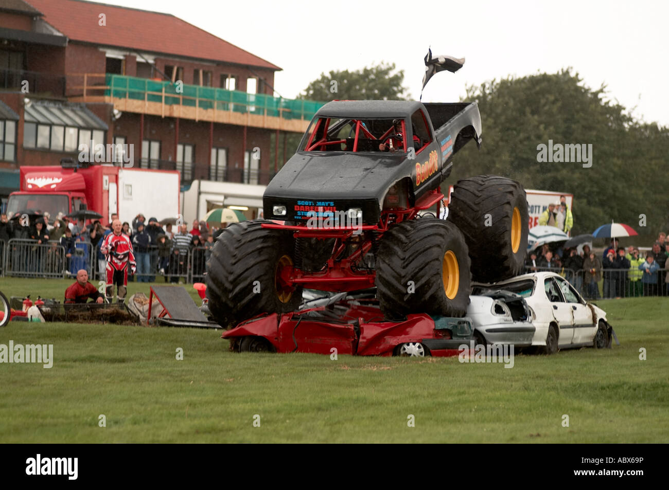 Monster Truck Crushing Cars Bigfoot Suv Four By