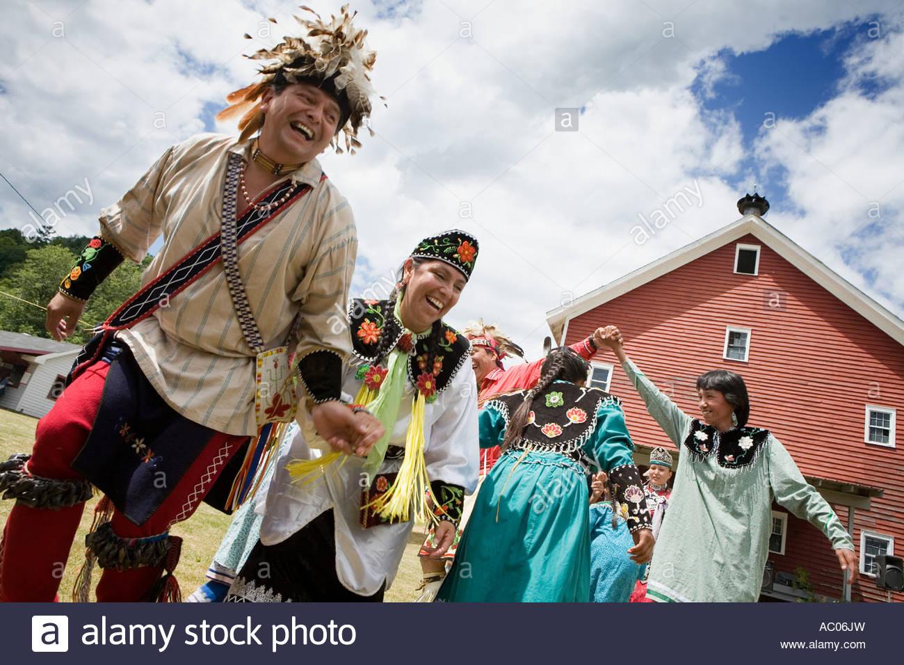 New york montgomery county fonda - Stock Photo Traditional Dancing At Annual Kanatsiohareke Mohawk Indian Festival Fonda New York Montgomery County
