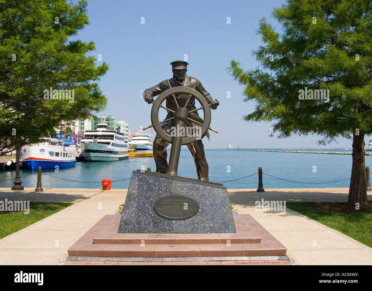 It's time for a statue Maritime-statue-AC0AWX