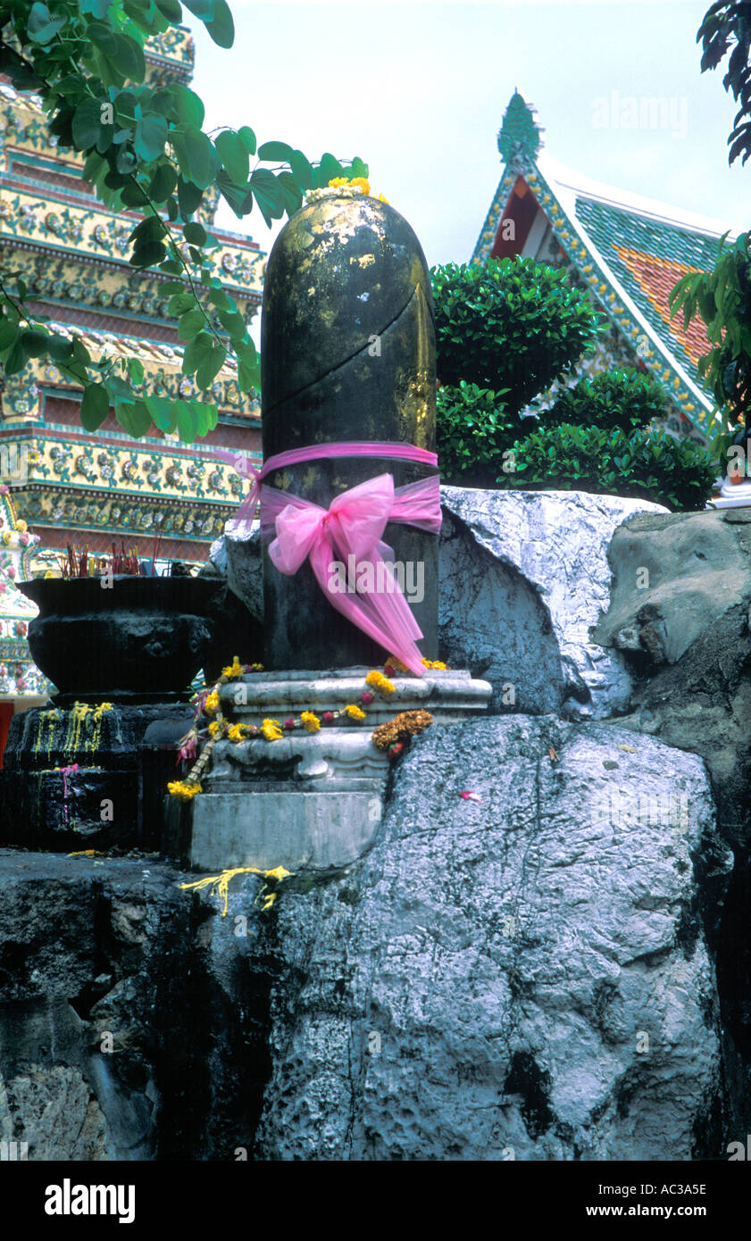 Phallic Statue Thai Temple For Good Luck Located In Bangkok - Where is thailand located