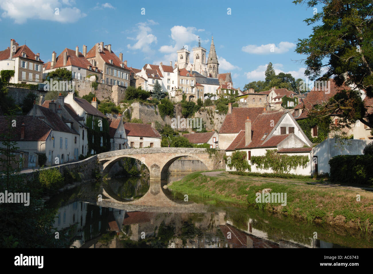 semur en auxois and le pont pinard over the river arman on stock photo royalty free image. Black Bedroom Furniture Sets. Home Design Ideas