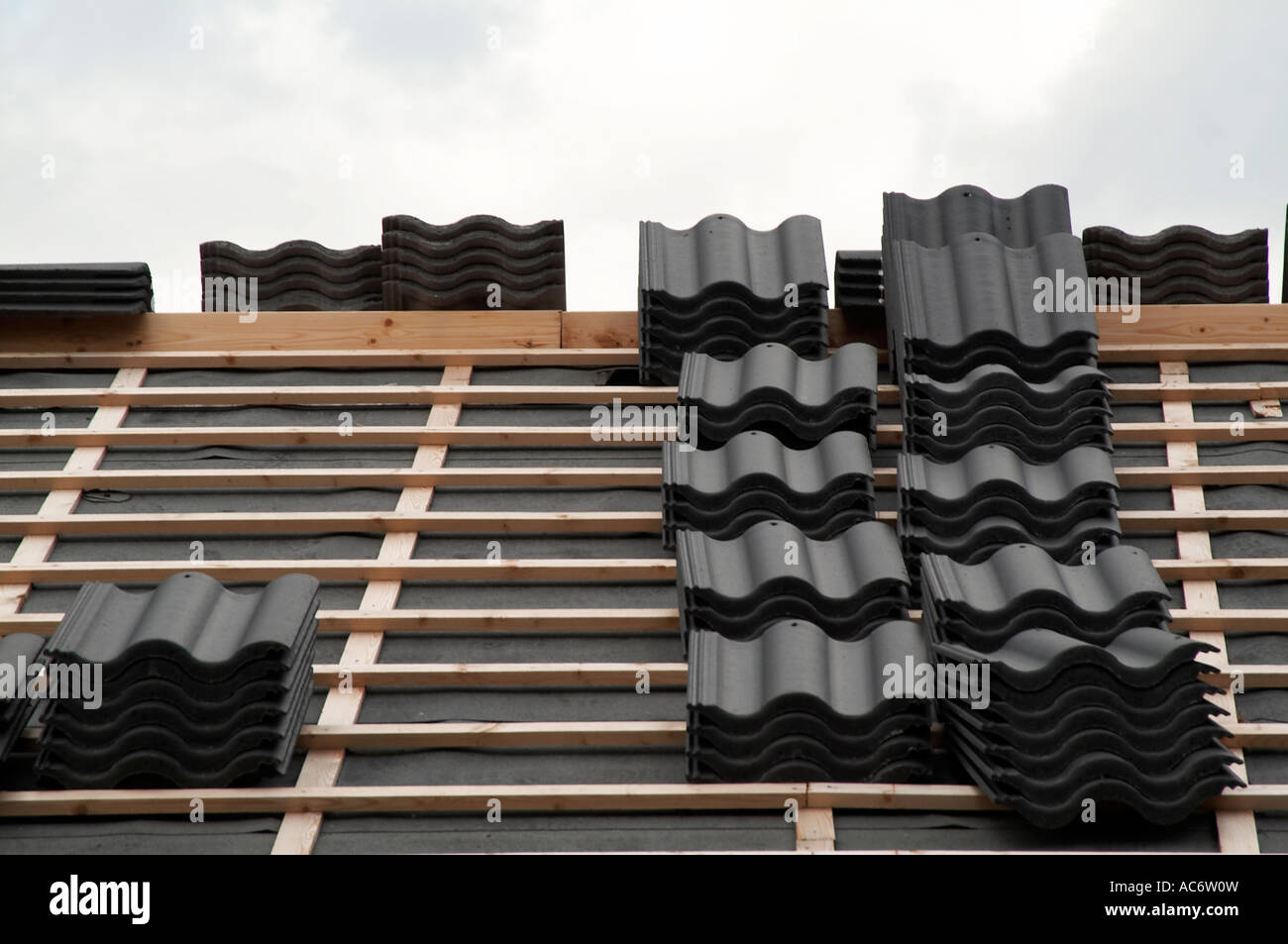 Stock Photo   Roof, Roofing, Tiles, Waterproof, Water, Proof, Watertight,  Tight, Building, Asphalt, Lats