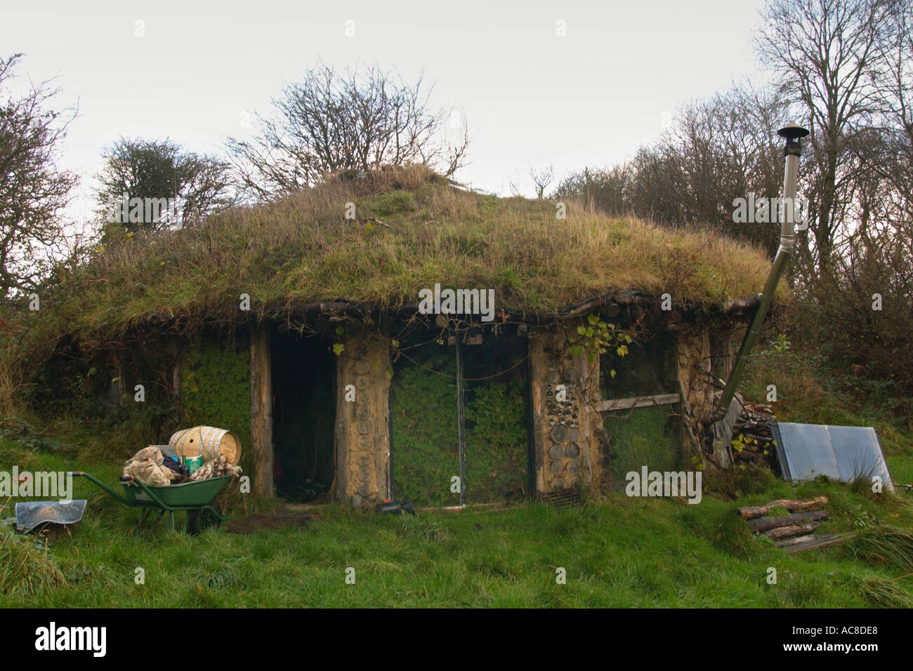 Roundhouse with turf roof built without planning permission by ...
