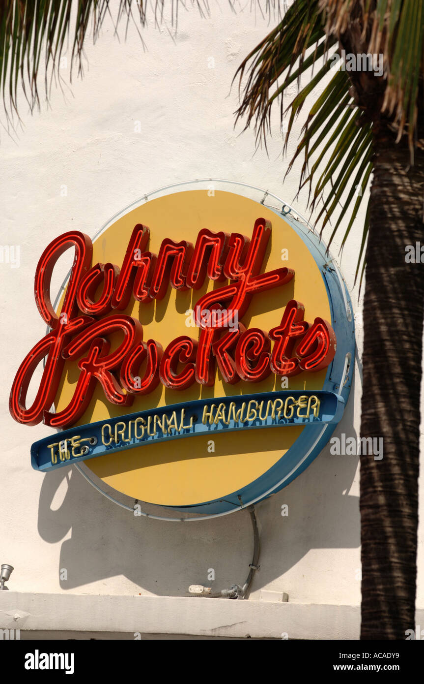 johnny rockets burger diner ocean drive art deco area south beach stock photo 7482488 alamy. Black Bedroom Furniture Sets. Home Design Ideas