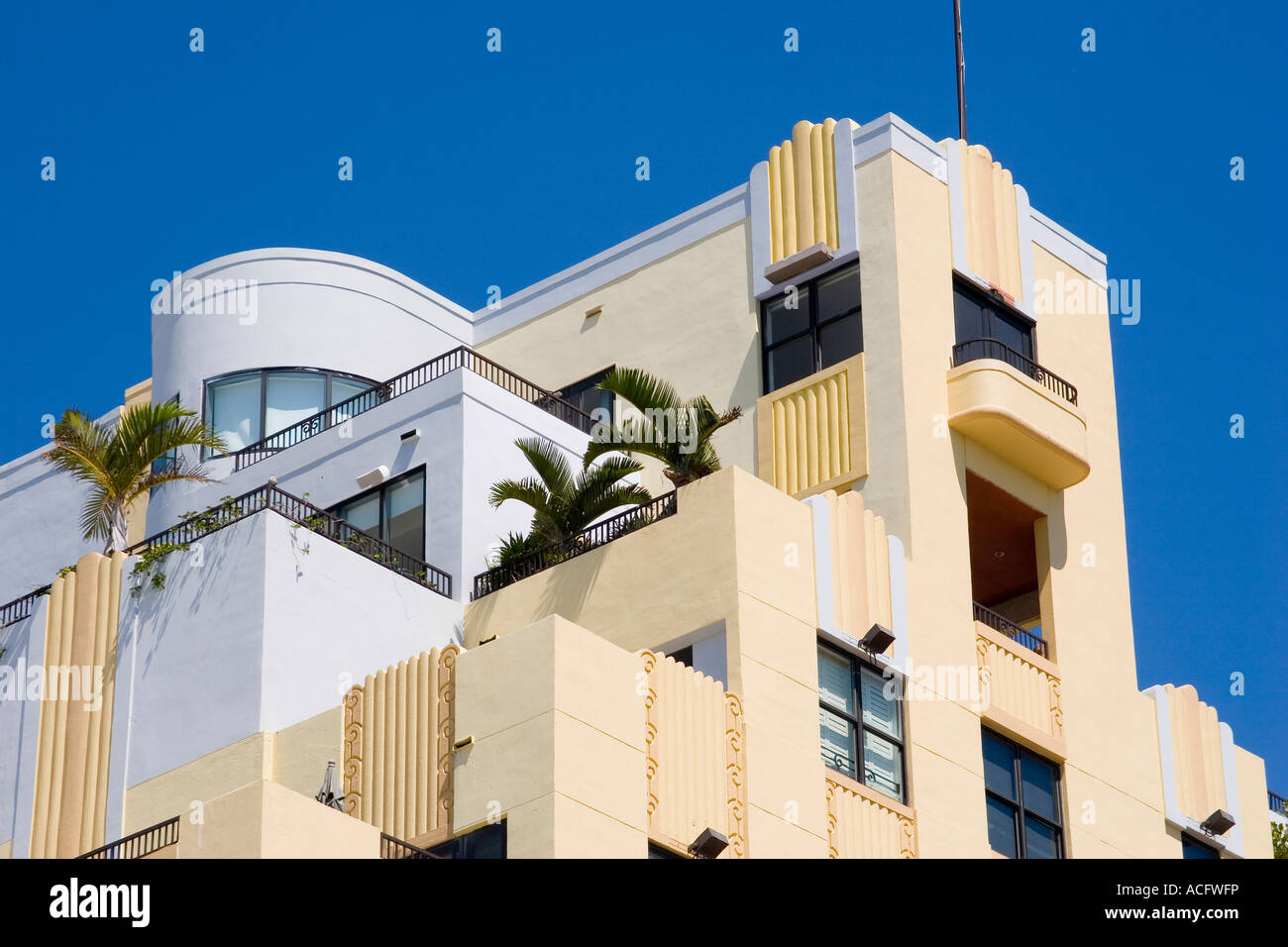 Art deco style architecture - Balconies At Top Of Hotel In Art Deco Architecture Style On Ocean Drive In Art Deco District Of South Beach Miami Florida