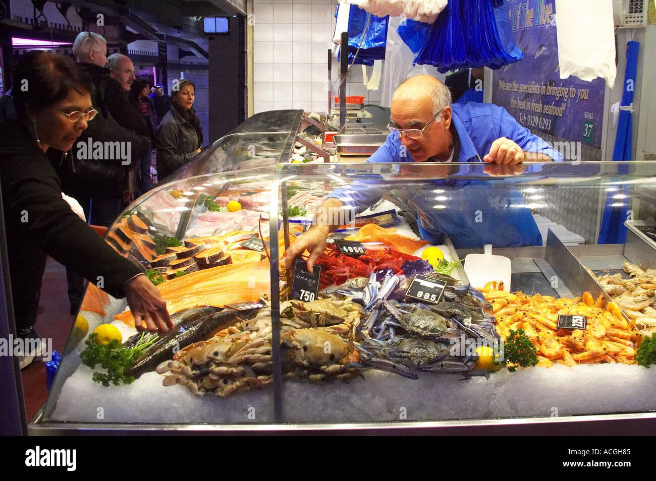 Seafood stall queen victoria market melbourne victoria for Fish market queens