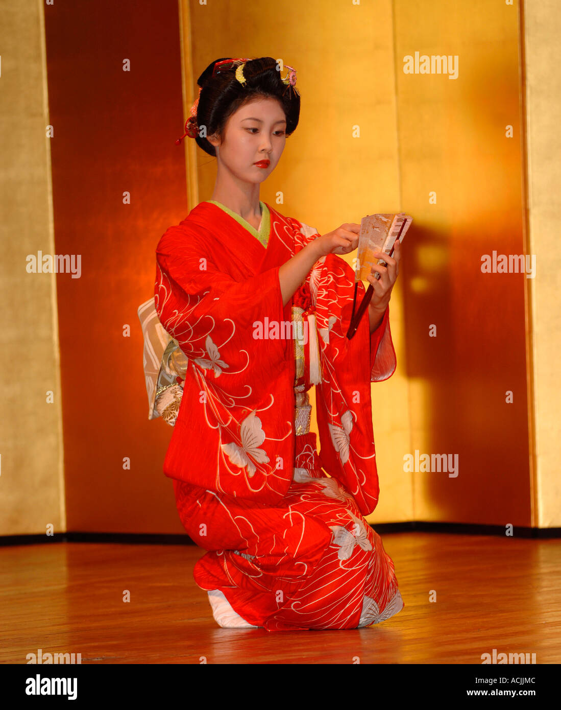 50 best Geisha girl photos images on Pinterest