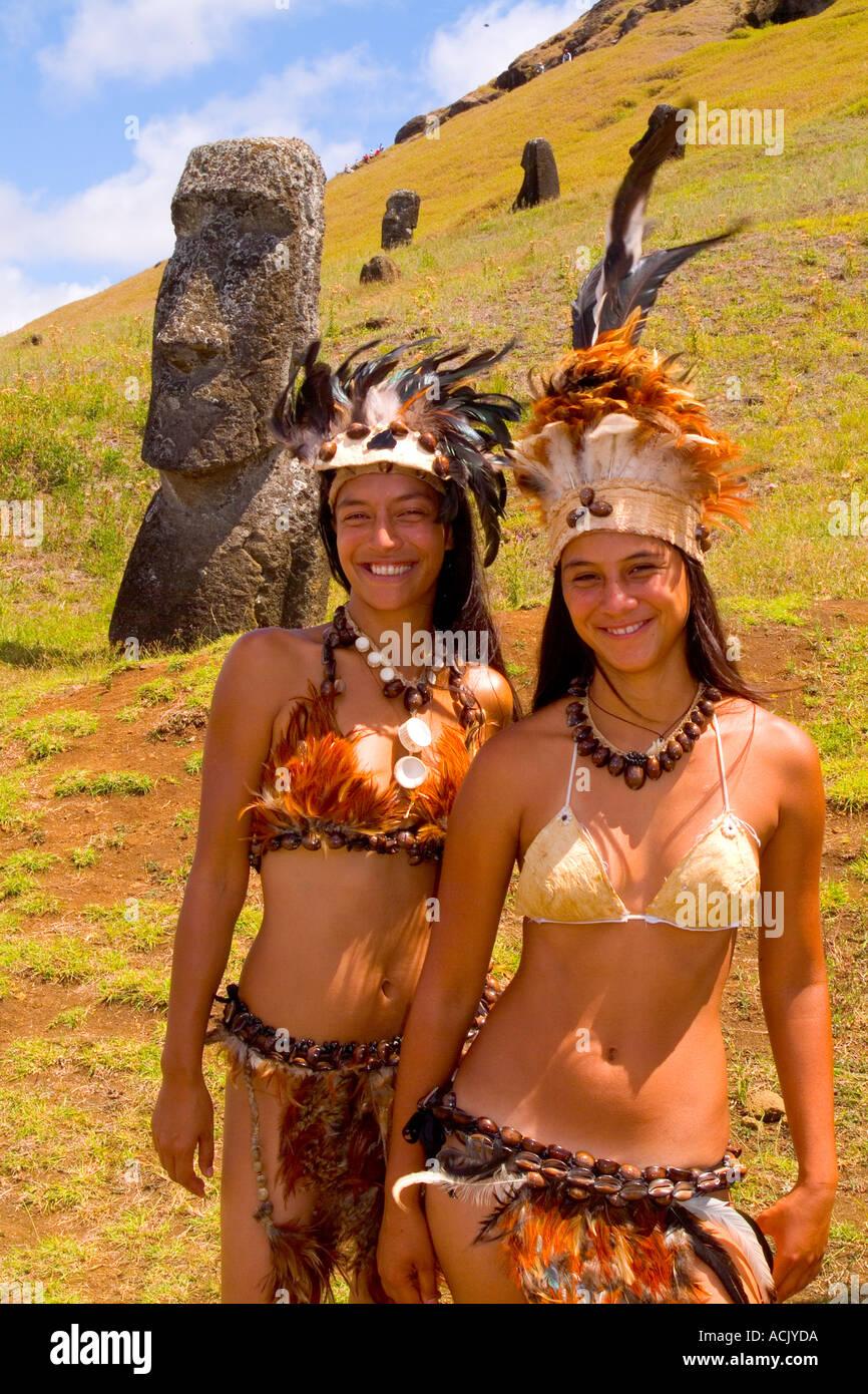 naked easter island women