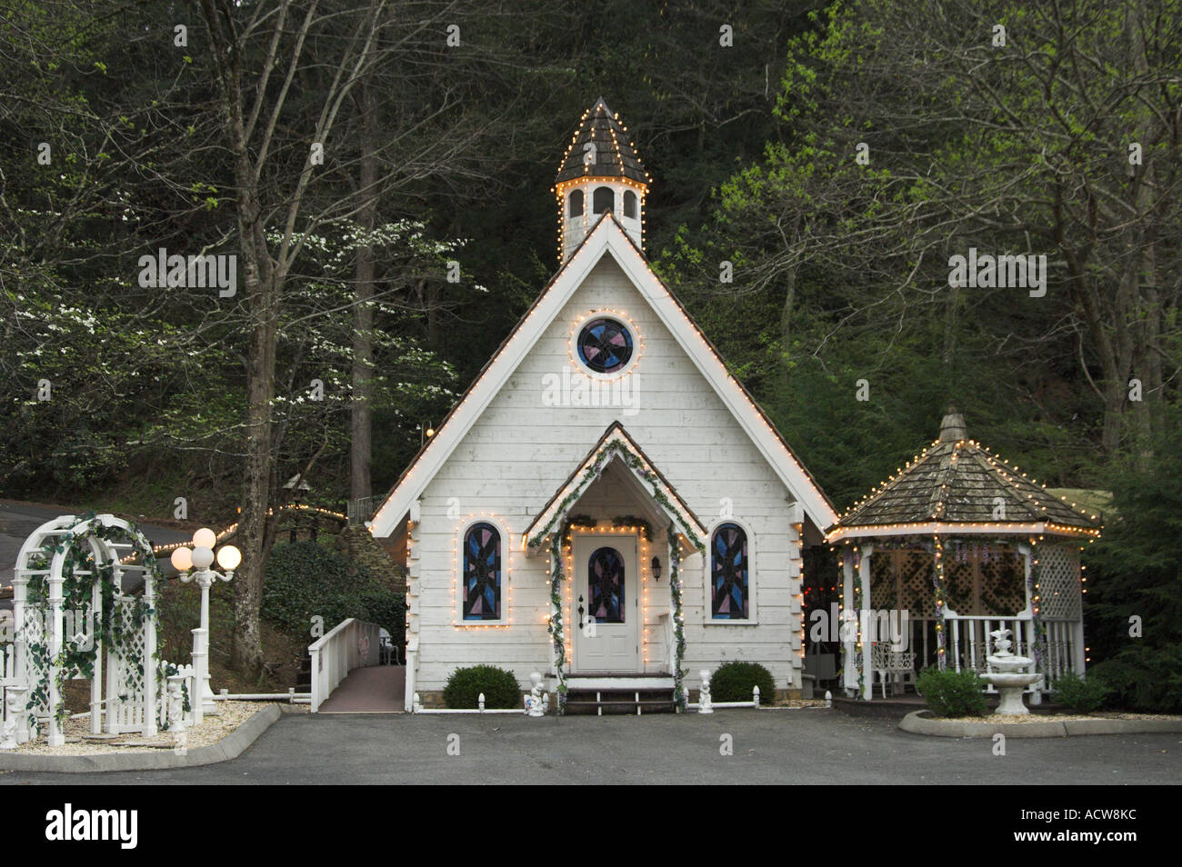 The Chapel Of Love Wedding In Gatlinburg Tennessee USA