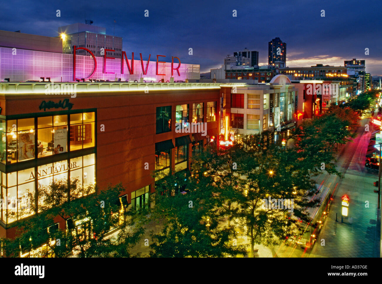 The 16th Street Mall has 42 outdoor cafes and Denver Pavilions, near the south end of the Mall, is a shopping and dining complex with 12 movie theaters and more than two dozen shops and restaurants. At the north end of the Mall, 16th Street continues as a pedestrian path over three bridges connecting downtown to Commons Park and LoHi, a hip.