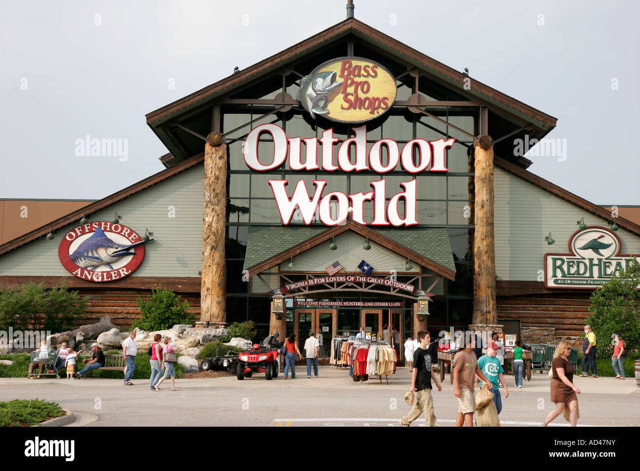 Virginia hampton bass pro shops outdoor world fishing for Bass pro shop fishing