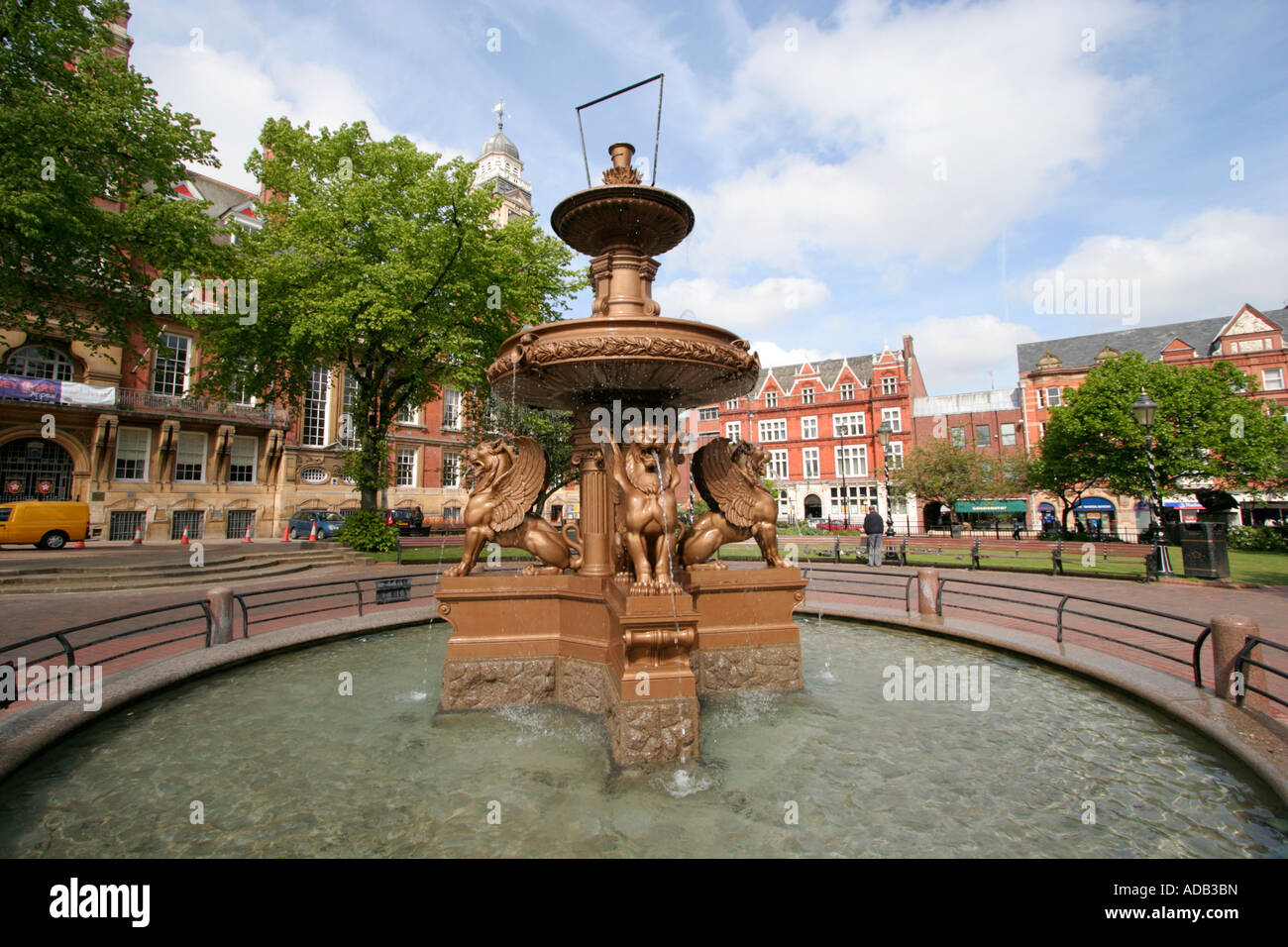 leicester town hall water fountain city centre east. Black Bedroom Furniture Sets. Home Design Ideas