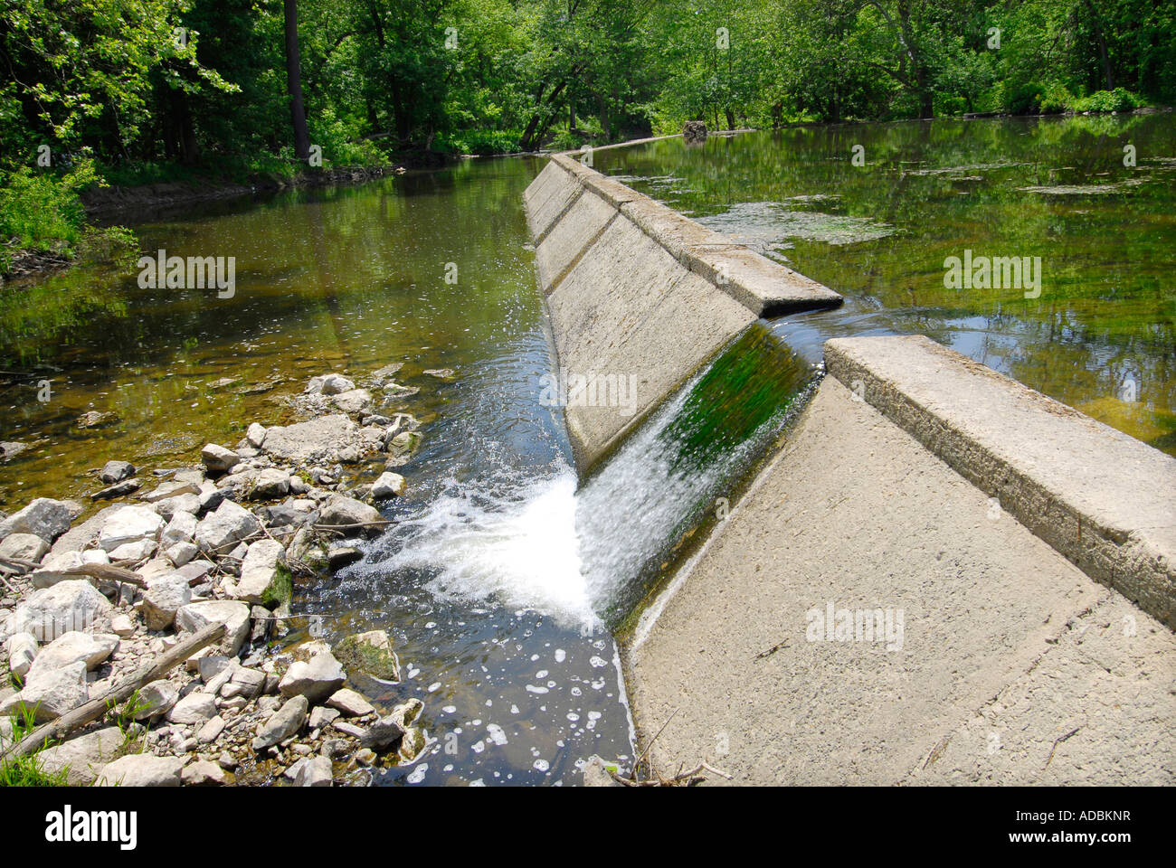 Image gallery small spillway for Pond dam design