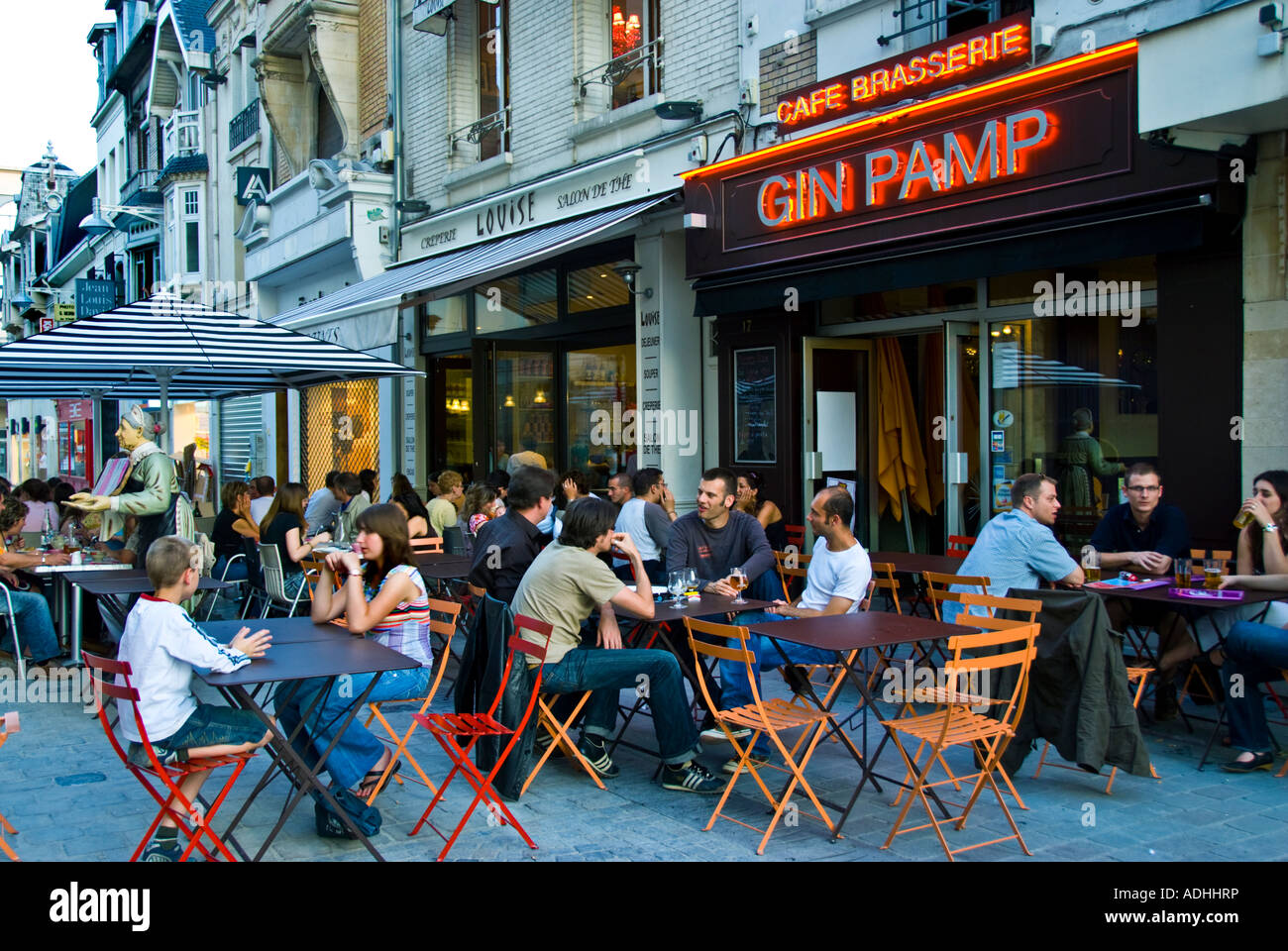 Reims france crowd of young people drinking french for The terrace cafe bar