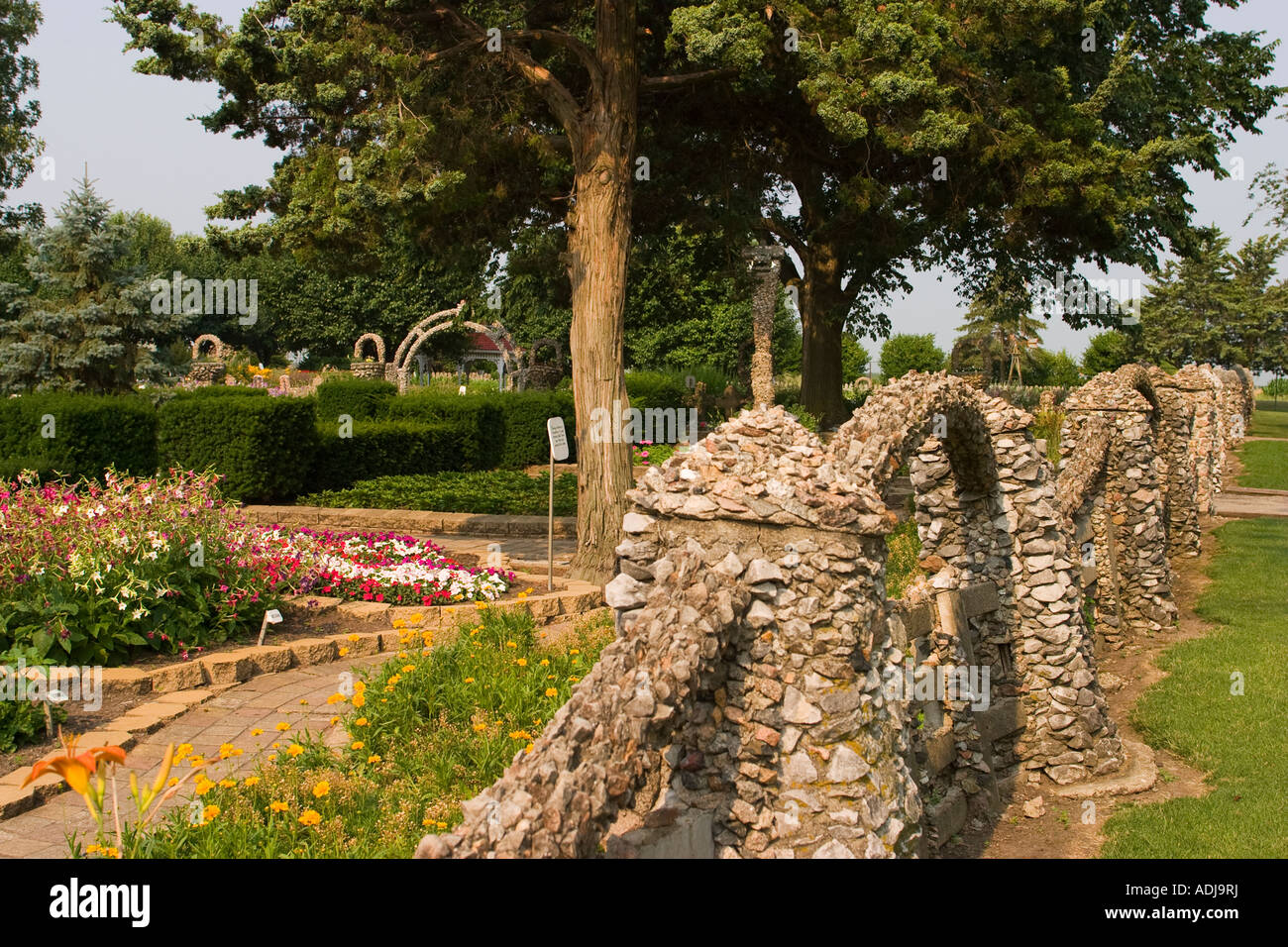 Awesome ILLINOIS Arcola Rock Structures And Flowers At Rockome Gardens