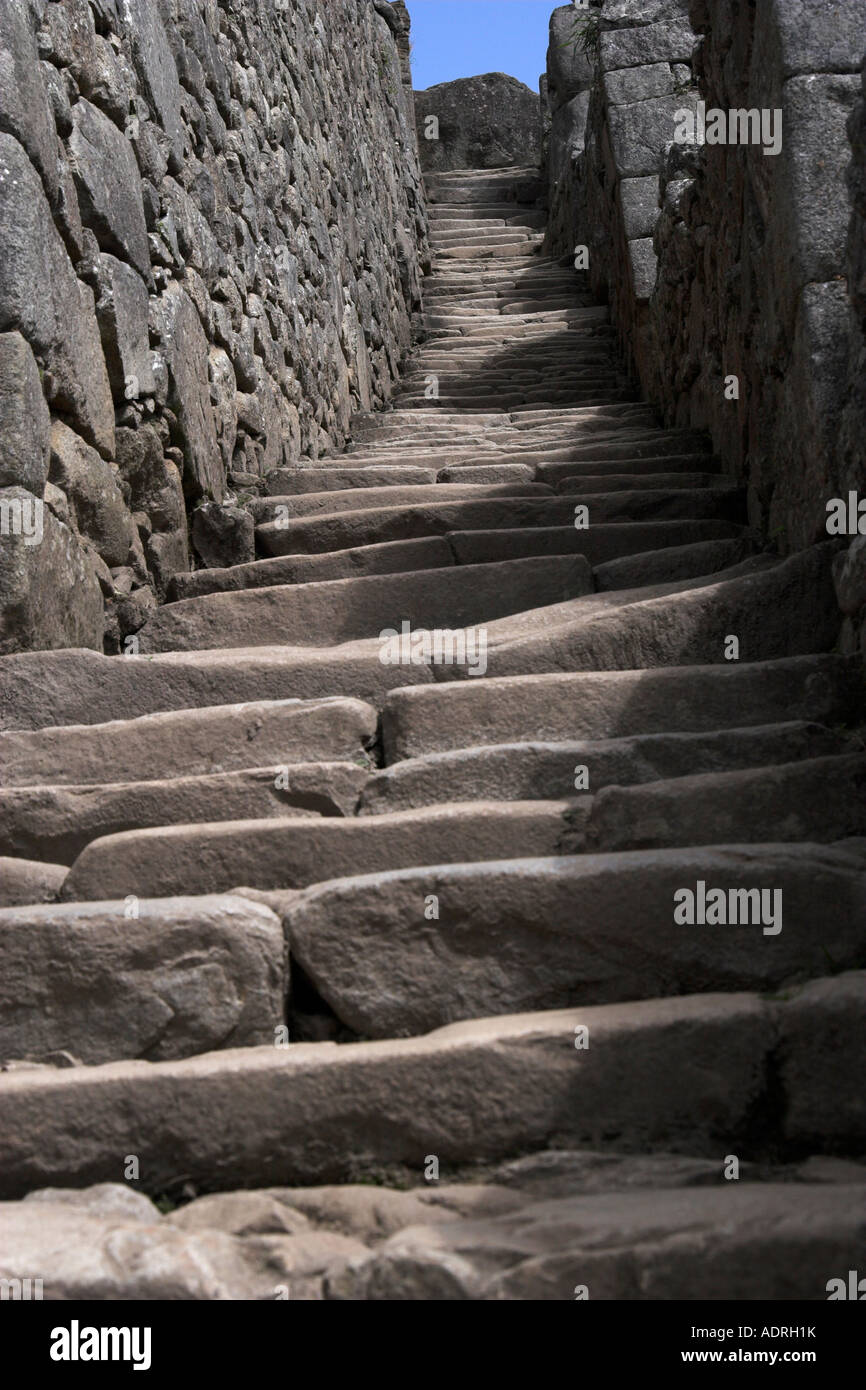 Carved Stone Steps : Inca stone steps at the ruins of machu picchu ancient