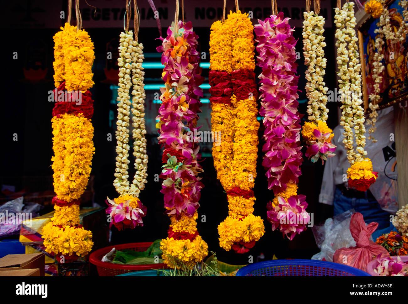 indian flower garlands bing images. Black Bedroom Furniture Sets. Home Design Ideas