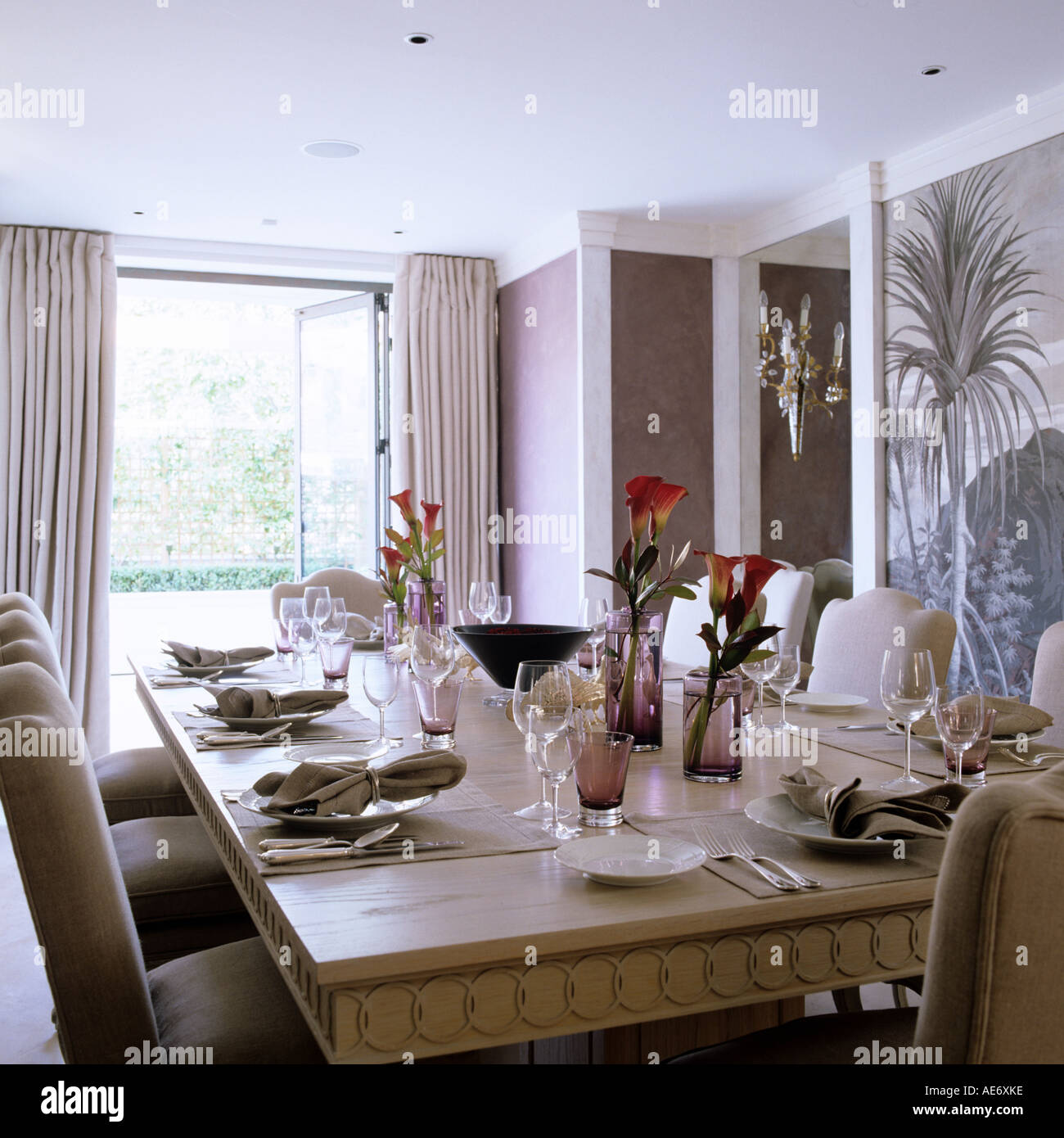 A London Dining Room With Set Table And Panoramic Wallpaper Interior Design By Emily Todhunter