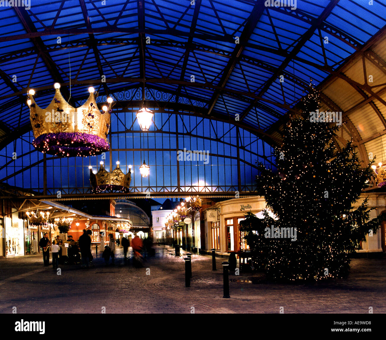Shopping Centre Windsor London England Uk Christmas